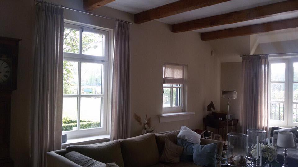 Wij mochten deze woning voorzien van gordijnen en roedes. Bedankt voor de mooie …