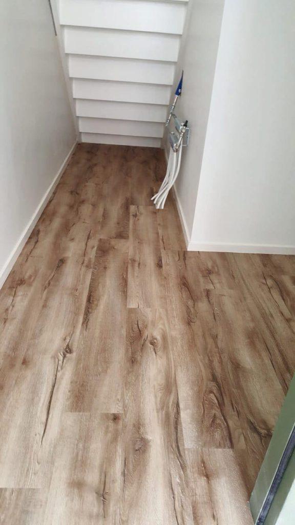 Vandaag o.a een heel appartement in Ootmarsum voorzien van een pvc vloer van Mod…