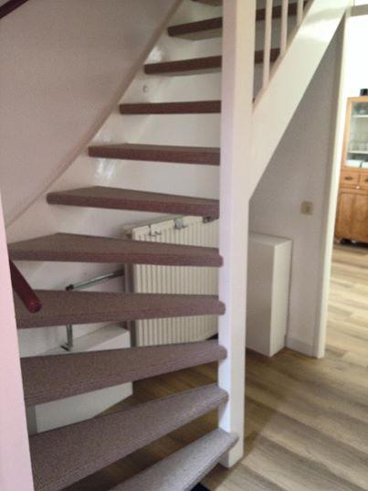 Vandaag o.a deze trap bekleed met een DESSO Carpets kwaliteit , met de bestaande…