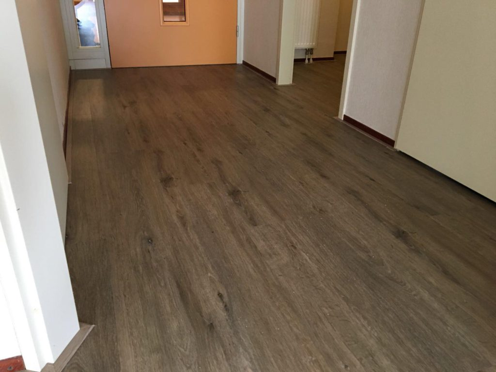 Klikpvc vloer van Vivafloors in een verzorgingshuis in Borne…